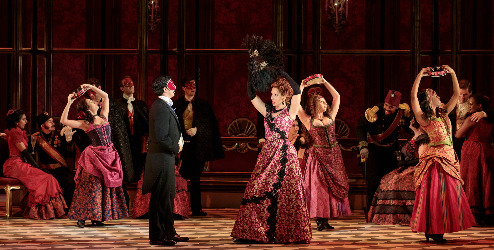 Cast dances on stage for the 2019 prodcution of La traviata.
